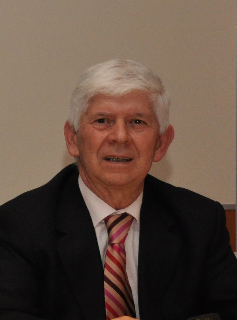 prim.dr.sc. Ljubin Sukriev